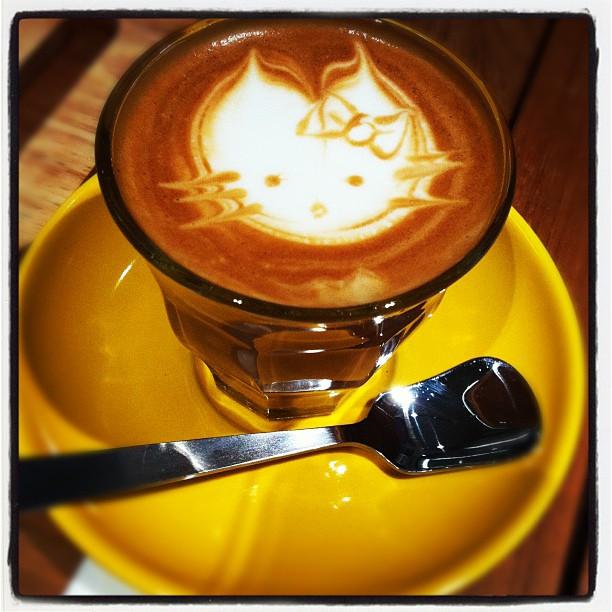 Gibraltar Latte @yajiiii @frifhan  @ Coffee Stain by Joseph http://instagr.am/p/TvRtg9svpt/
